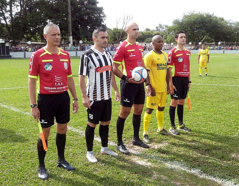 Marcelo Tamandaré, do Iguaçu, foi o artilheiro da Suburbana, com 14 gols